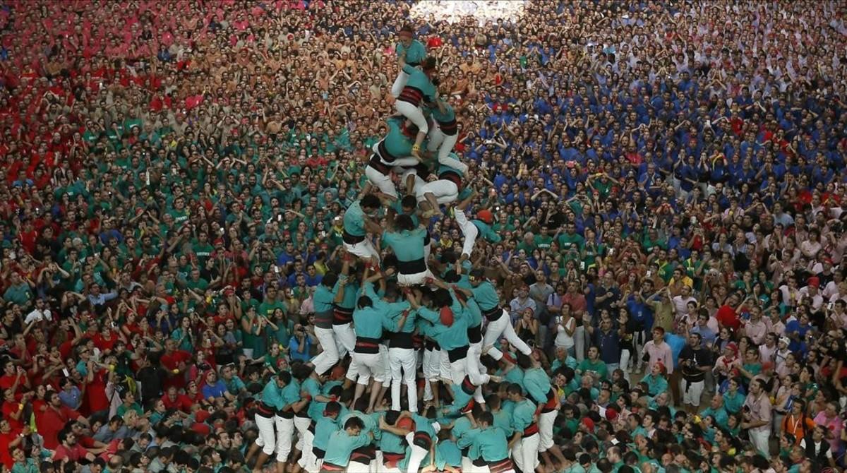 Los Castellers de Vilafranca durante la actuación en el Concurs de Tarragona del 2014.