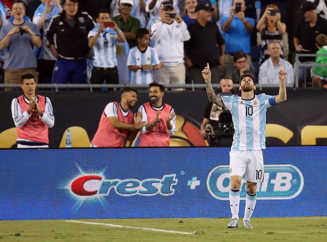 Messi celebra su golazo frente a Venezuela en la Copa América.