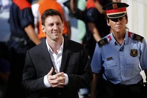 Messi se dirige a declarar por delito fiscal.