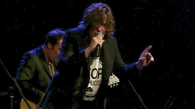 Nacho Vegas, durante el concierto del jueves en el Palau.