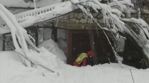 Operación de rescate en el hotel Rigopiano tras la avalancha en Farindola, el 19 de enero.