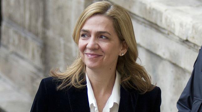La infanta Cristina arriba als jutjats de Palma per declarar com a imputada en el 'cas Nóos' , el 8 de febrer passat.
