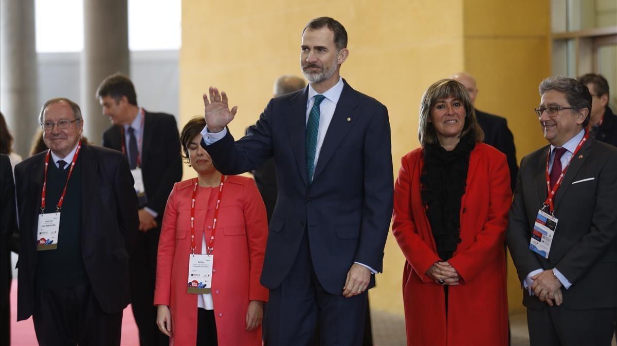 El Rey y demás autoridades, a su llegada al MWC.