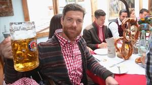 Expedientado el fiscal jefe de Madrid por no tratar a Xabi Alonso como a Mascherano