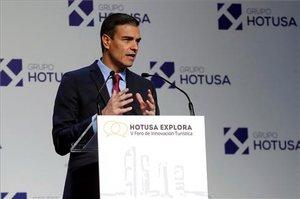 Pedro Sánchez, durante su intervención en la inauguración del Foro Hotusa.