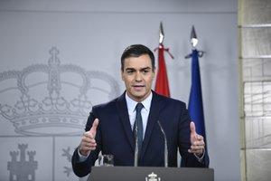 Sánchez, en su primera rueda de prensa tras la firma del acuerdo con Podemos.