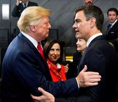 El jefe del Gobierno espanol Pedro Sanchez y el presidente de Estados Unidos Donald Trump.