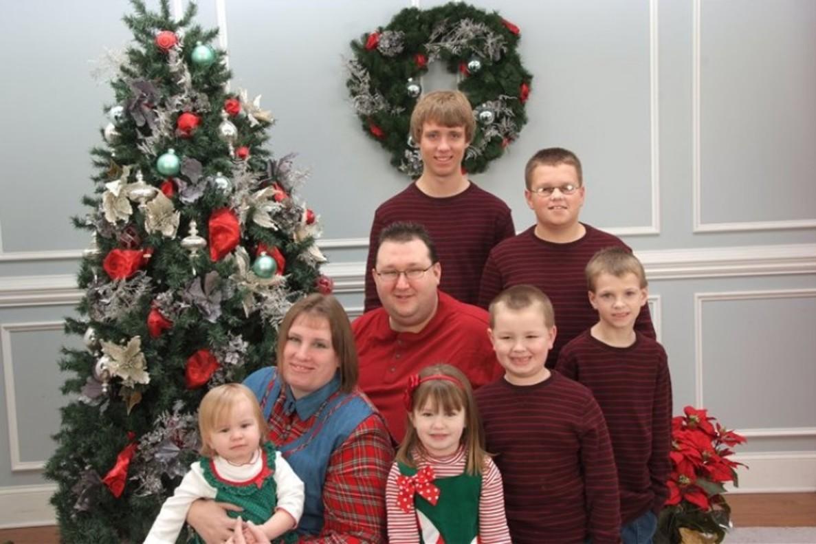 Toby y Jennifer Norsworthy, con sus hijos, en una imagen de archivo.