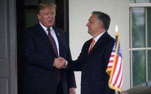 Trump recibe a Orban en la Casa Blanca.