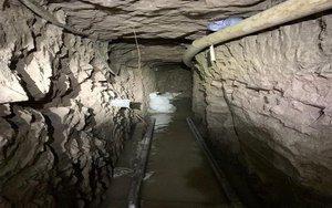 Interior de un túnel clandestino en la frontera de México y los EEUU.