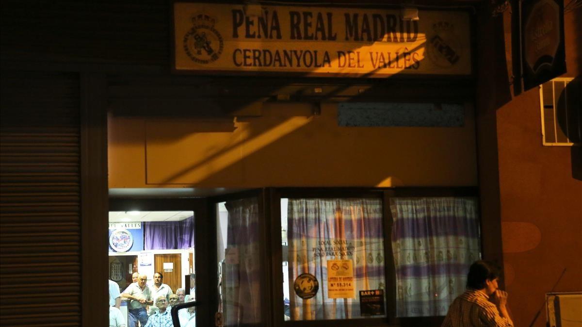 Una foto de archivo dela peña del Real Madrid en Cerdanyola.