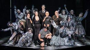 Una imagen promocional de La familia Addams