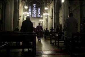 Una misa en la iglesia de la Concepció de Barcelona.