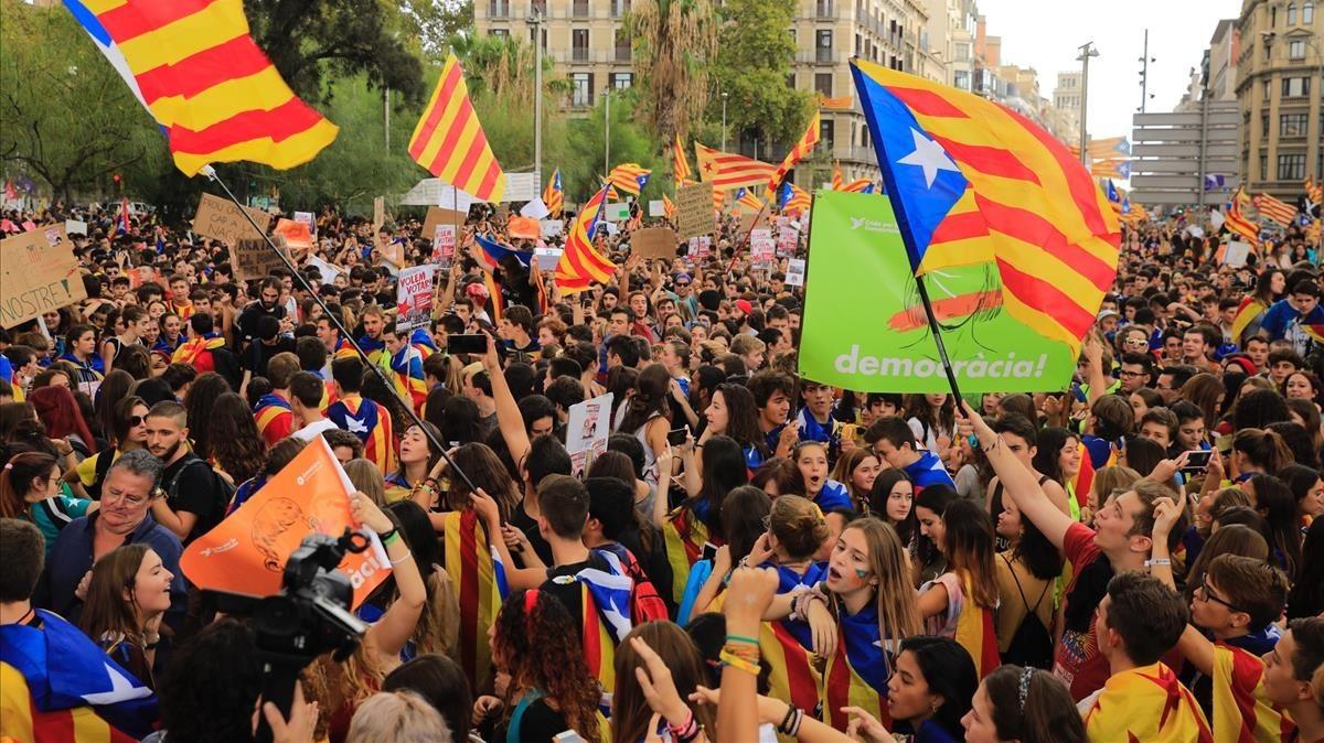 Intersindical-CSC convoca vaga general a Catalunya el 8 de novembre