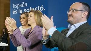 La secretaria general del PP, Dolores de Cospedal, en un acto en Calafell (Tarragona) para apoyar al cabeza de lista en la provincia, Alejandro Fernández.