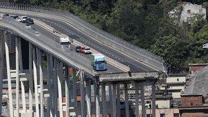 Itàlia estudia treure la concessió de les autopistes a la família Benetton