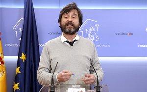 El secretario de Sociedad Civil y Movimiento Popular de Podemos, Rafael Mayoral, en el Congreso de los Diputados