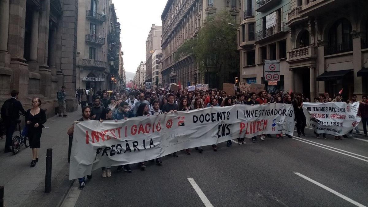 Manifestación del colectivoDoctorandes en Lluitaen Barcelona el 28/05/2019