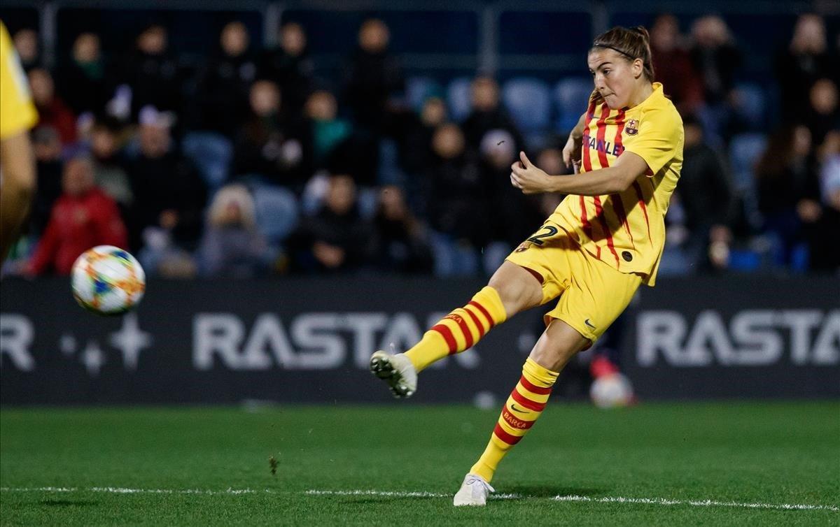 El Barça enfonsa una mica més l'Espanyol en el debut de Ferrón (0-4)