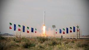 L'Iran llança el seu primer satèl·lit militar en plena tensió amb els EUA