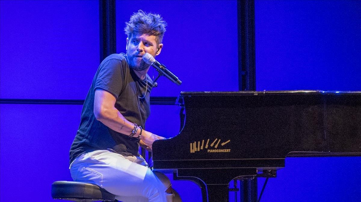 Pablo López, durante el concierto inaugural del Fes Pedralbes, este jueves.