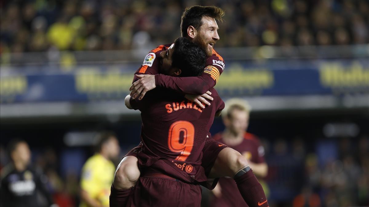 Messi y Luis Suarez celebran un gol, en un partido anterior.