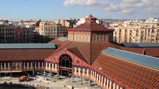 Avanzan las obras de remodelación en el mercado de Sant Antoni.
