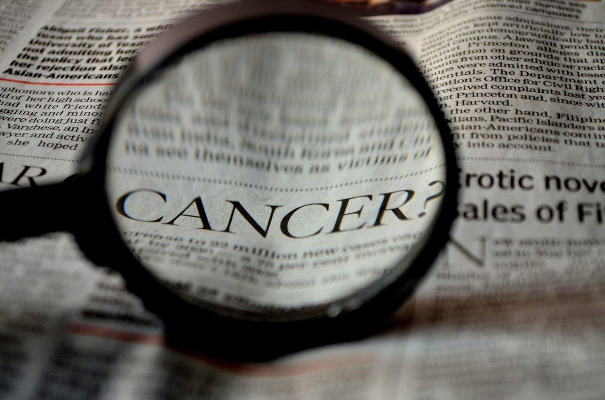 Un joven conciencia sobre la importancia de vivir en sociedad a través de su experiencia con un cáncer de testículos