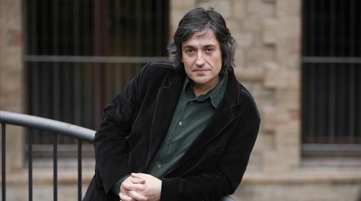 Carles Capdevila posa para una entrevista con EL PERIÓDICO en marzo del 2008.