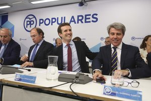 El presidente del PP, Pablo Casado, junto al presidente de la Comunidad,Ángel Garrido.