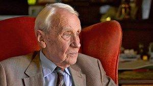 Christopher Tolkien, tercer hijo de J.R.R. Tolkien.