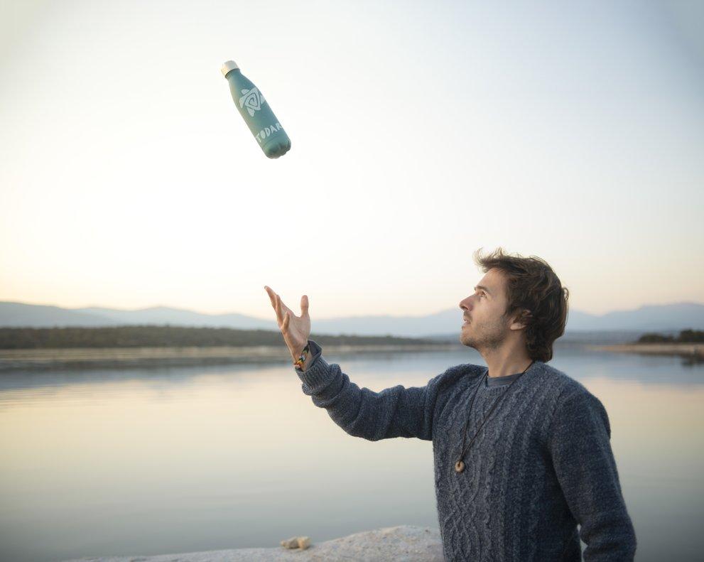 En 2050 habrá más plásticos que peces en el mar.