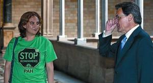Ada Colau y Artur Mas, en el Palau de la Generalitat.