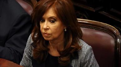 Fernández de Kirchner irá a juicio por una red de sobornos en obra pública