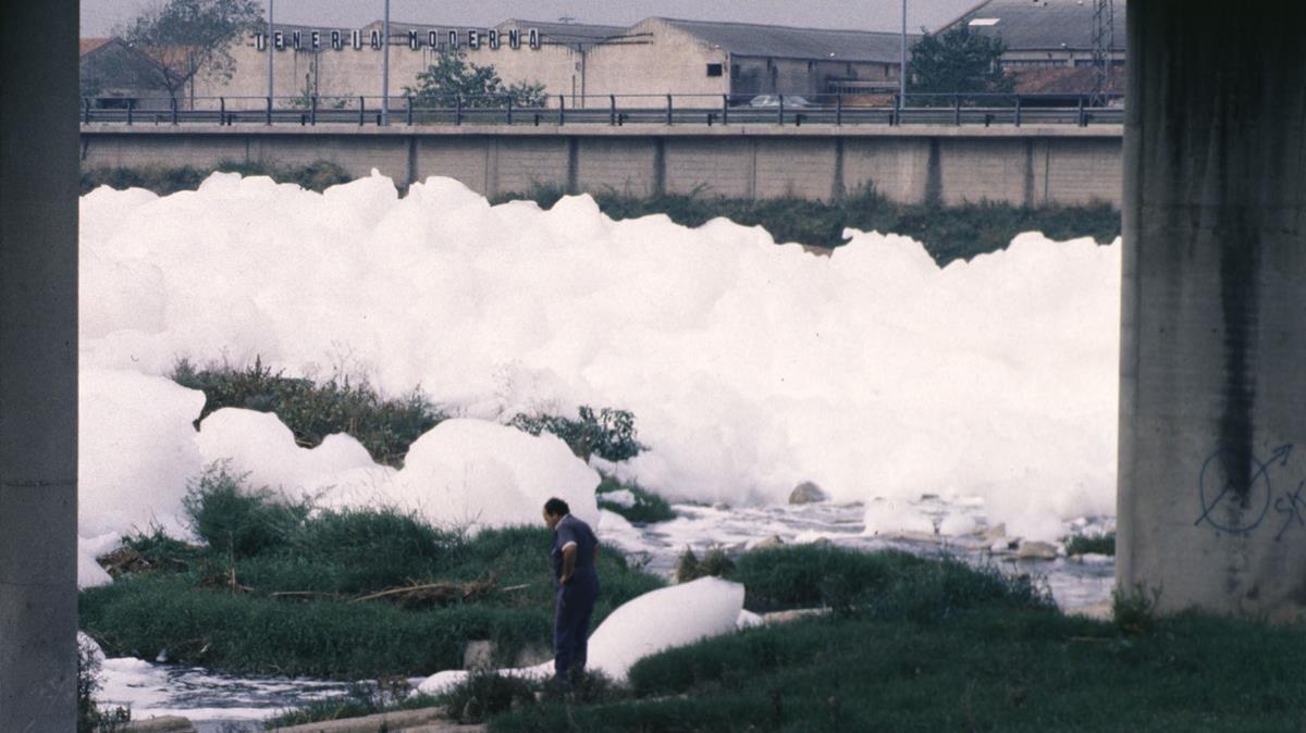 8 de octubre de 1991, un día cualquiera de cuando el Besòs era un río muerto.