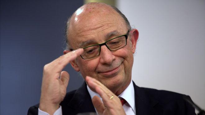 Montoro sube 7.500 millones los impuestos para cumplir con Europa.