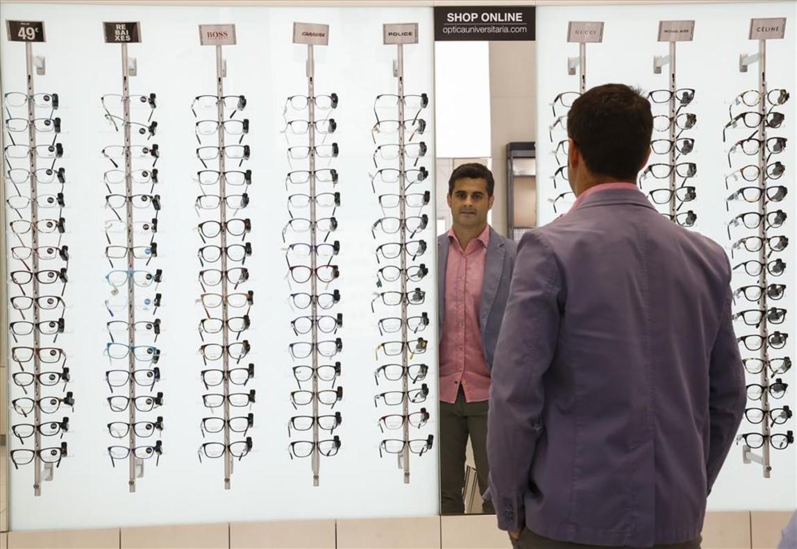 990d83a0696e6 Óptica Universitaria abrirá 8 tiendas al año y se expandirá a Madrid