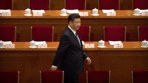 Xi Jinping llega a la Asamblea del Pueblo en Pekín.