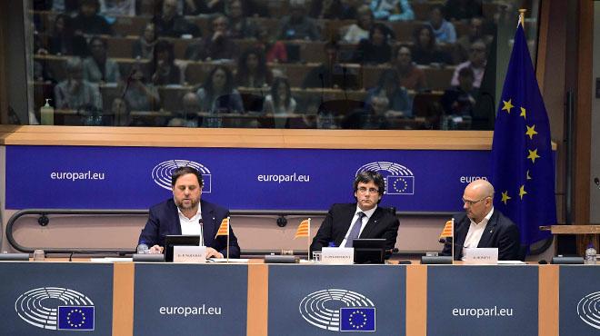 Junqueras se explica en la sede de la UE. en Bruselas