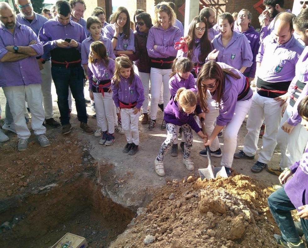 Los Castellers de Cornellà visitaron en enero el que será su nuevo local a finales de este año