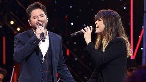 Manuel Carrasco y Vanesa Martín en el especial de Nochebuena de La 1 de TVE.