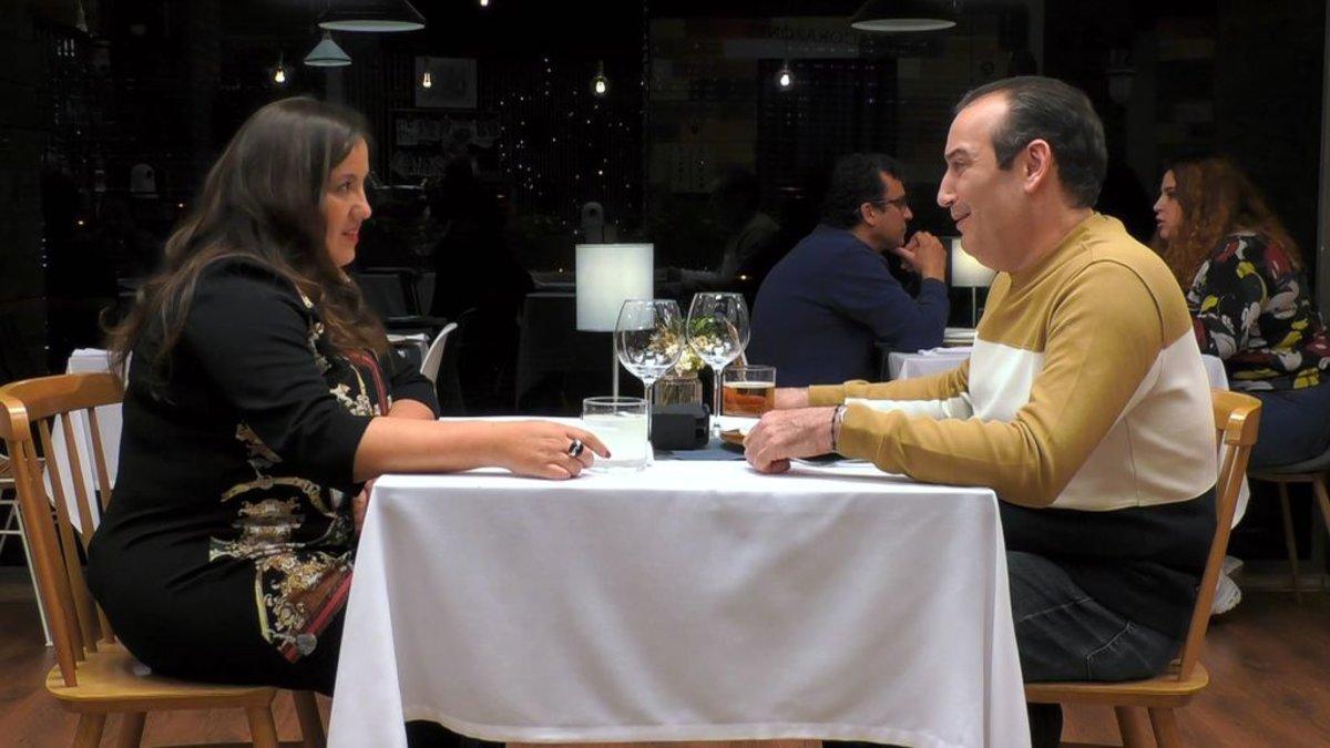 Mari Carmen y Ramón en 'First Dates'.