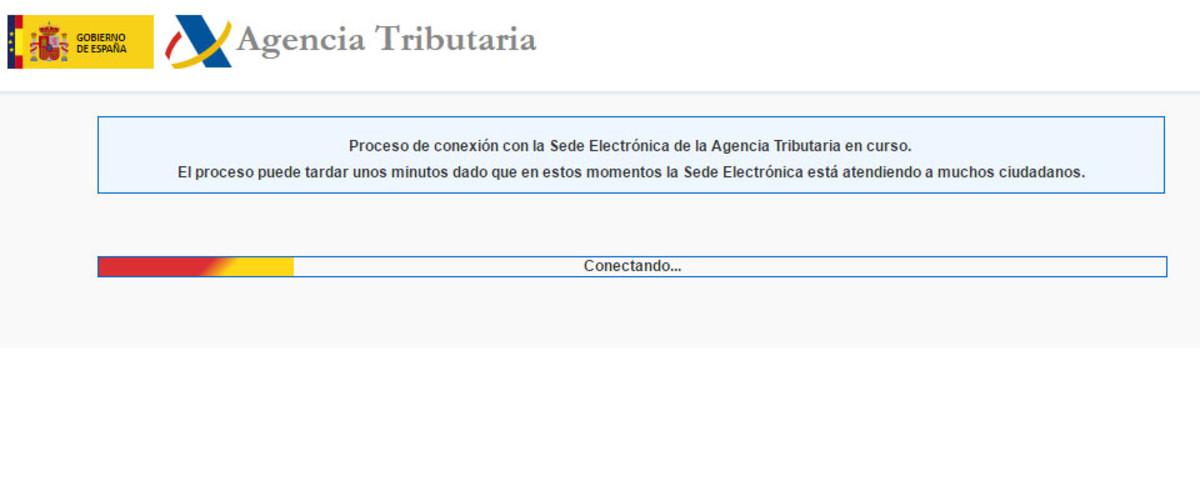 El mensaje informativo de que la web de la Agencia Tributaria está saturada.