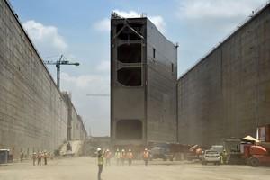 Trabajos de construcción de las nuevas exclusas del Canal de Panamá, en abril del 2015.