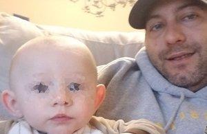 Una nena de 10 anys mata un bebè trepitjant-li el cap