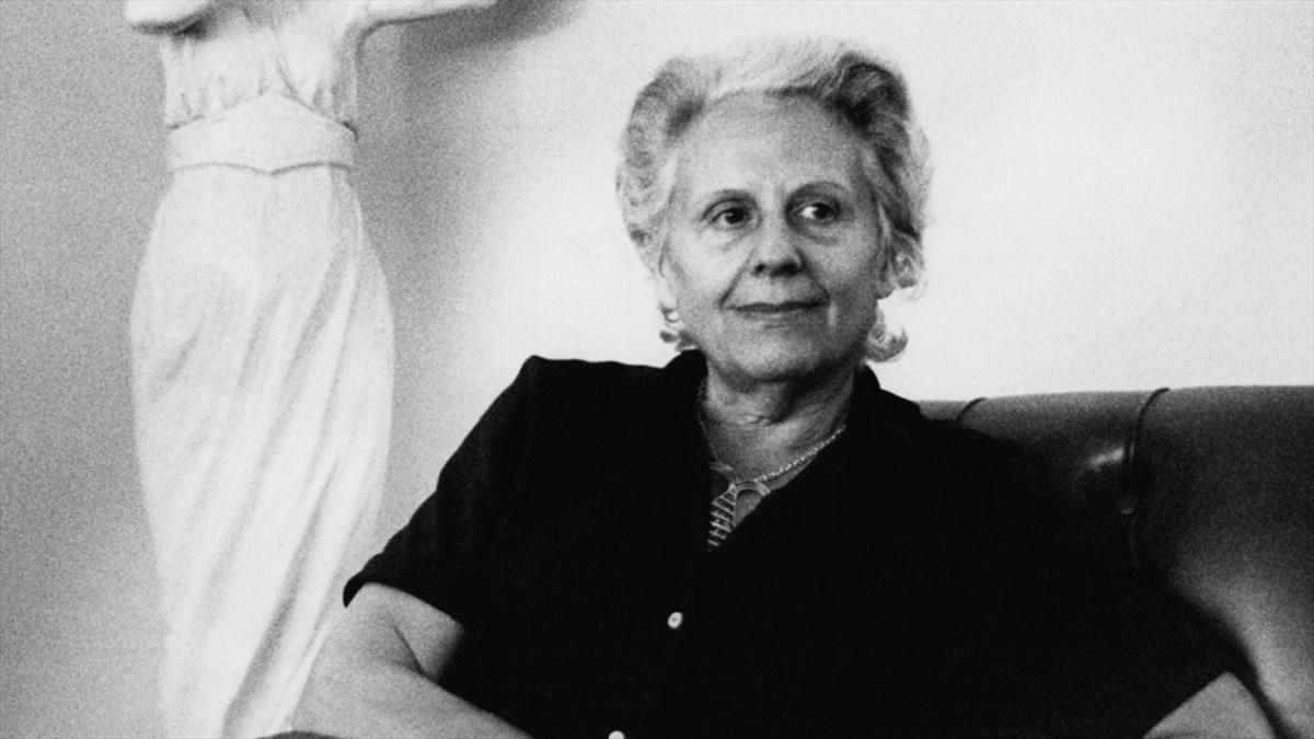 La novelista Mercè Rodoreda.