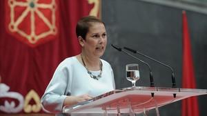 La nueva presidenta de Navarra, Uxue Barkos, en su toma de posesión.