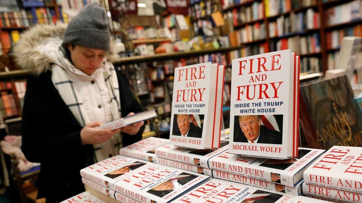 El polémico libro sobre Trump, en una librería de Nueva York.
