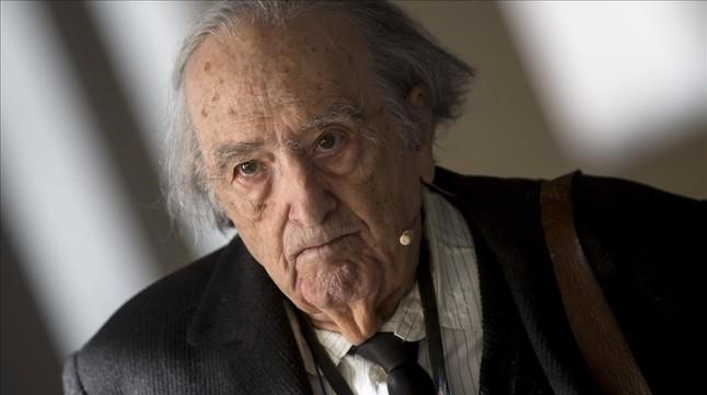 MADRID 10 12 2015 El escritor Rafael Sánchez Ferlosio durante un encuentro informativo en la Fundación Telefónica.