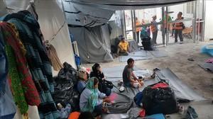 Refugiadosen el asentamiento de Lesbos, en Grecia.